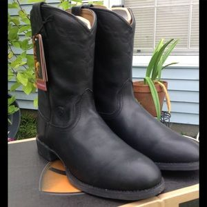 Ariat Heritage Roper black leather boots-size 11